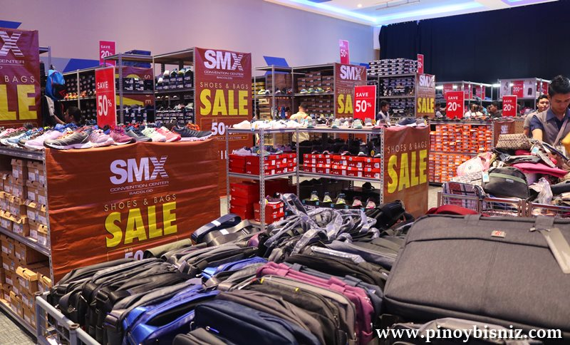 Christmas Shopping Tips | SMX Shoes and Bags Sale